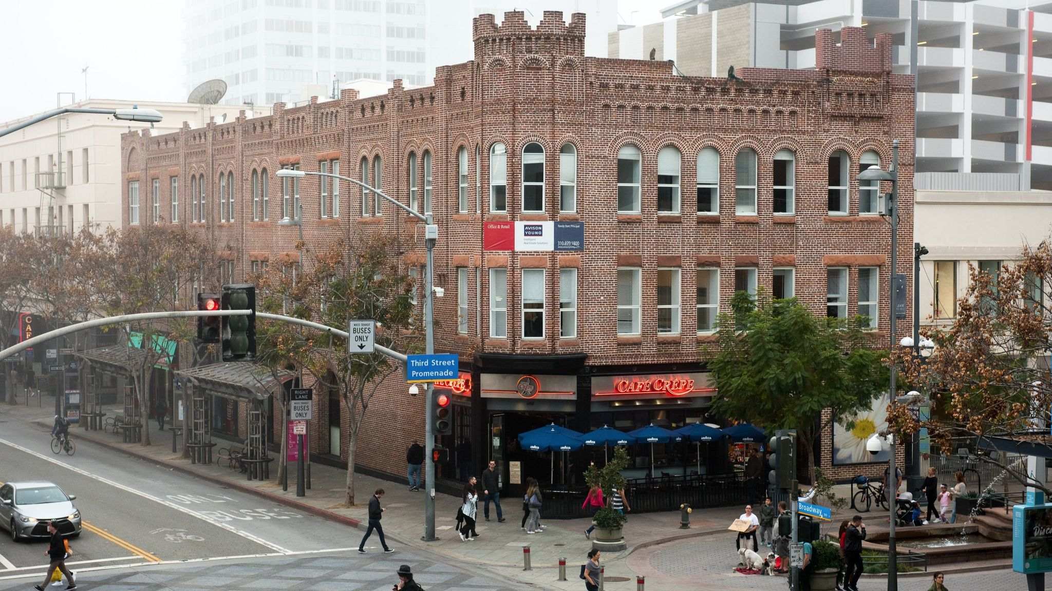 A three-story brick building could be required to undergo a seismic evaluation and retrofit, if necessary, if city leaders pass a new law. The city says there are 152 suspected unreinforced masonry buildings in Santa Monica.