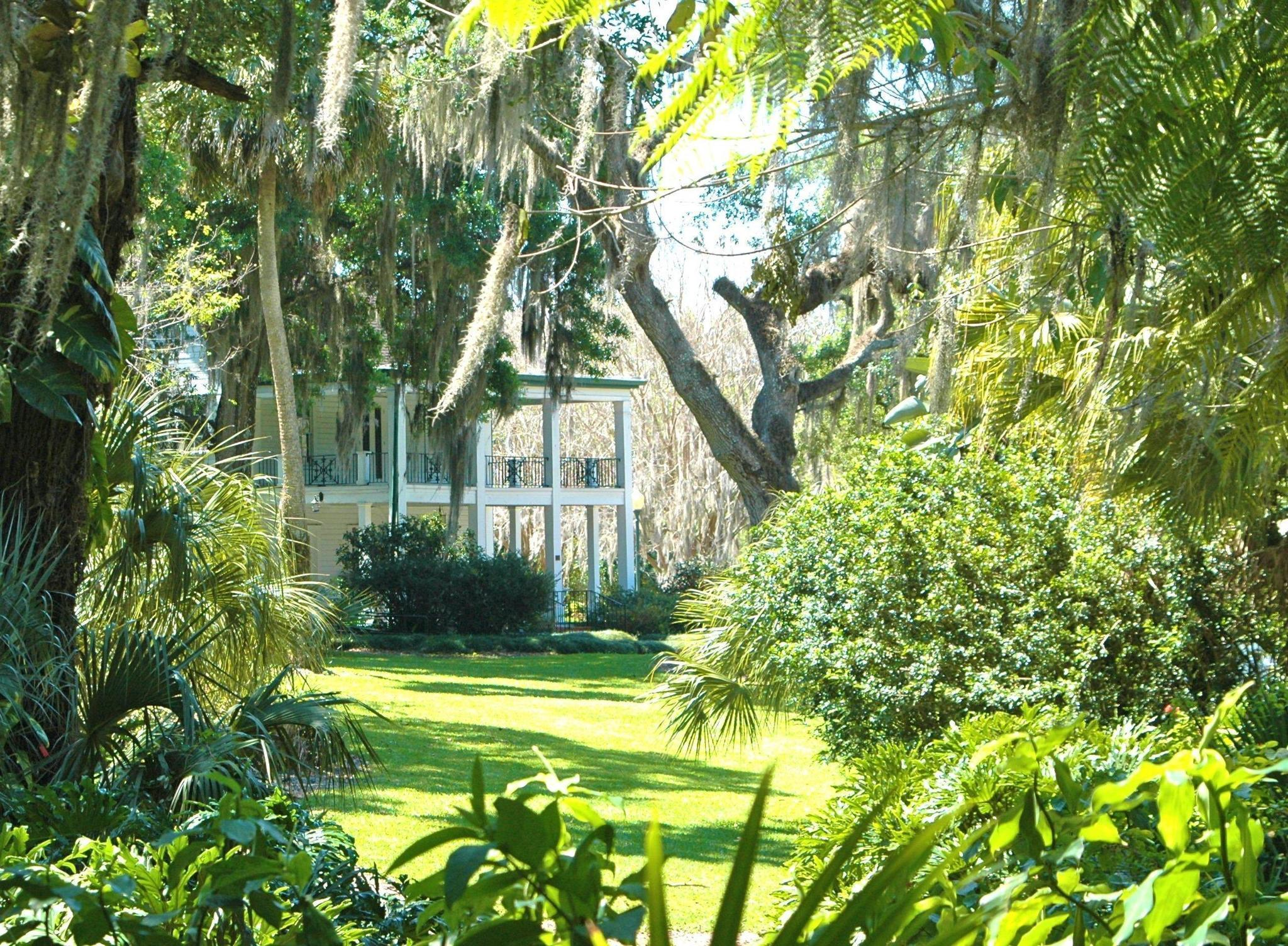 Gardens 39 Past Includes Talk Of Town Romances Orlando Sentinel