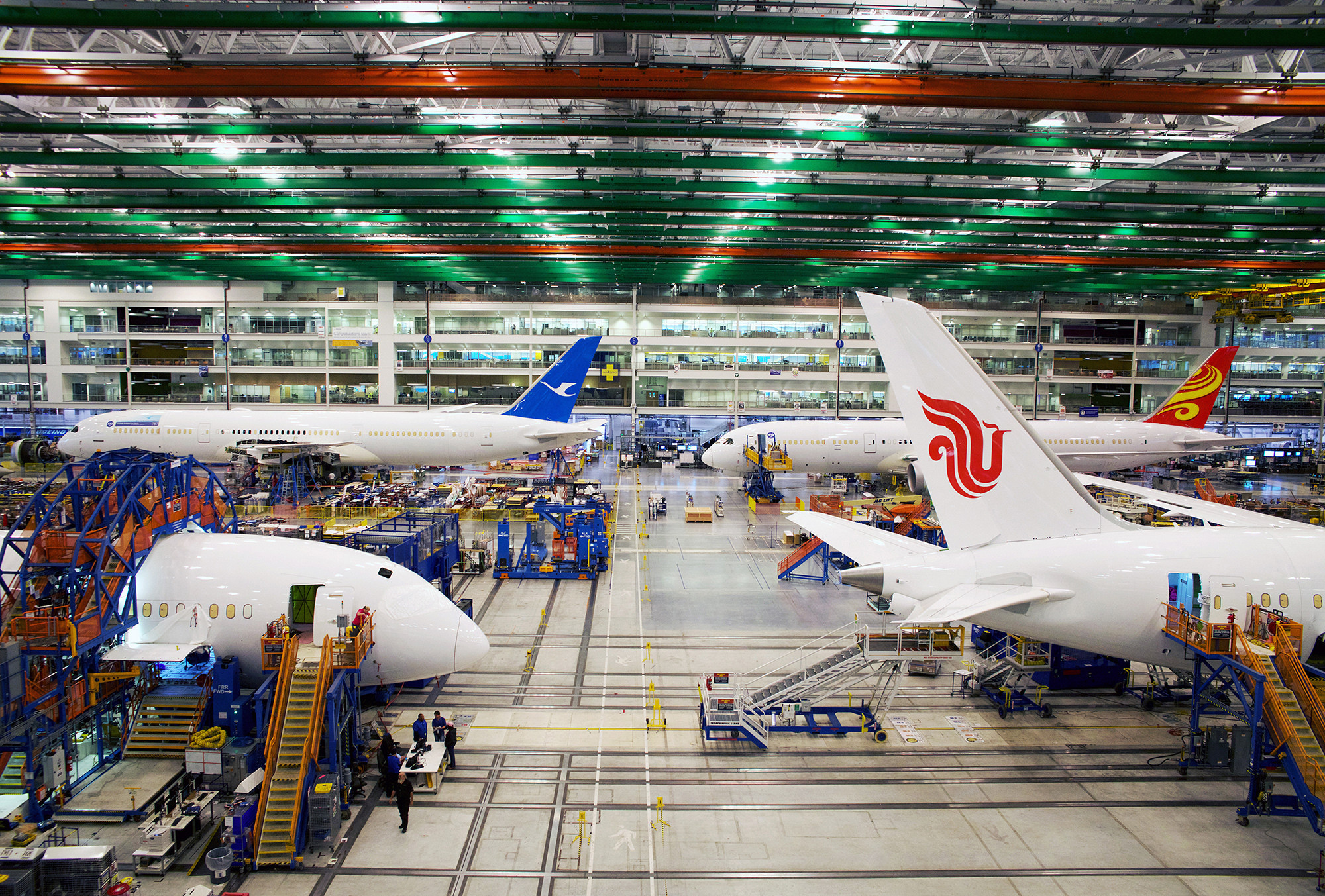 In s c boeing goes all out to defeat wednesday s vote on union chicago tribune