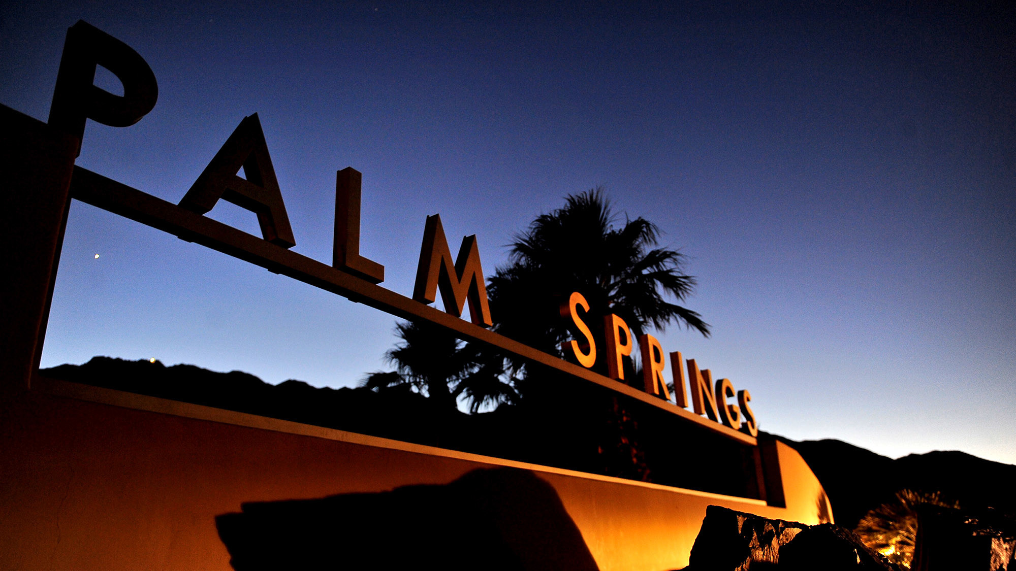 Neighborhood Spotlight: Palm Springs Keeps Its Cool With Some Help From Iconic Architects