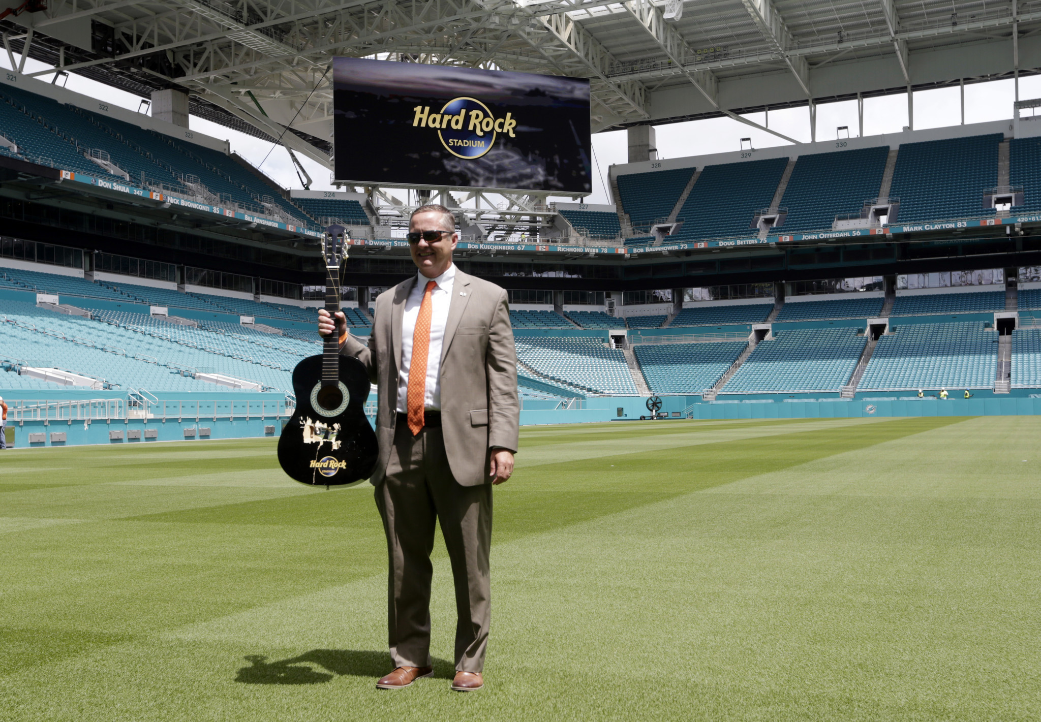 Sfl-um-s-blake-james-says-canes-close-on-indoor-facility-funding-school-still-finalizing-spring-football-20170215