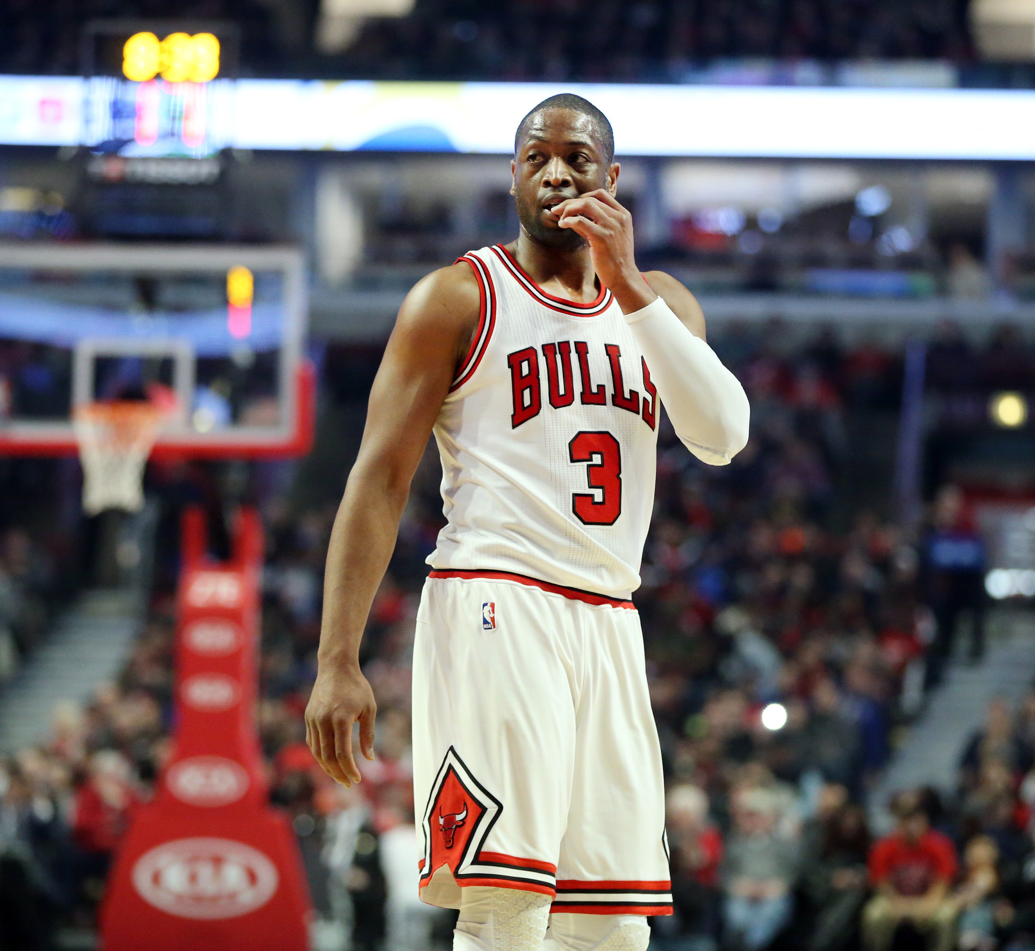Illness makes Dwyane Wade start All Star break early Chicago Tribune