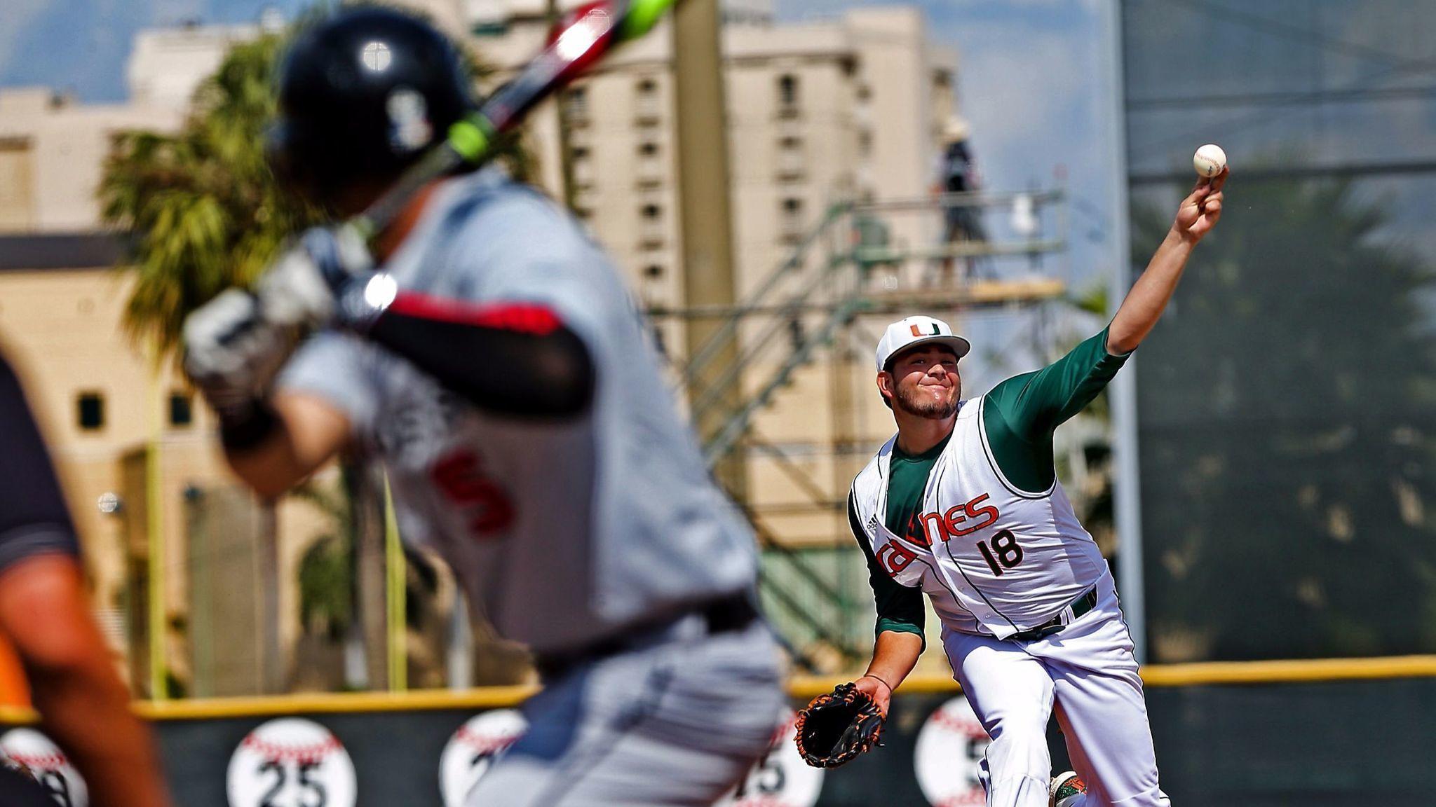 Fl-sp-um-baseball-0220