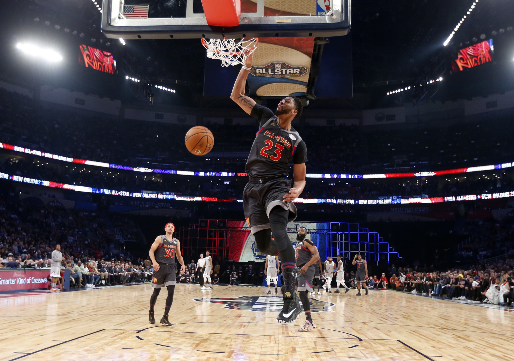 Anthony Davis named MVP as West beats East 192-182 in NBA All-Star Game