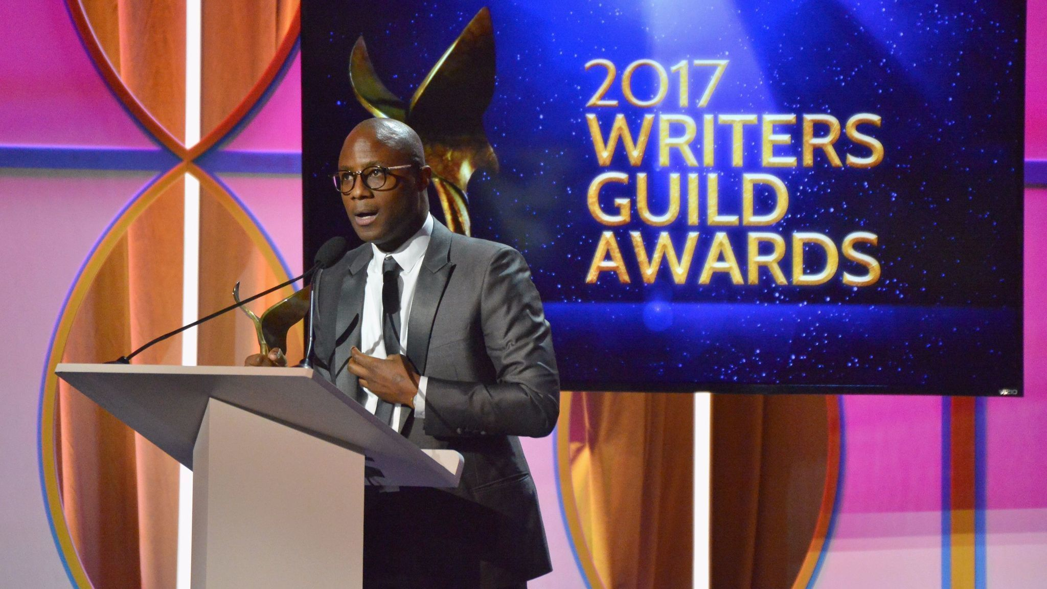 'Moonlight' and 'Arrival' take top honors at the Writers Guild Awards, where political barbs abound