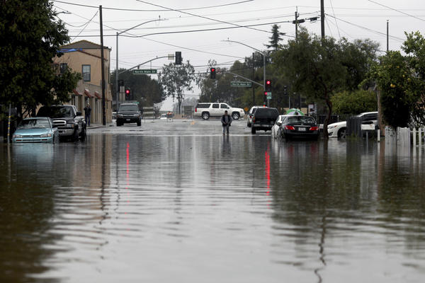 Dangerous flooding likely as powerful storm barrels into Northern California