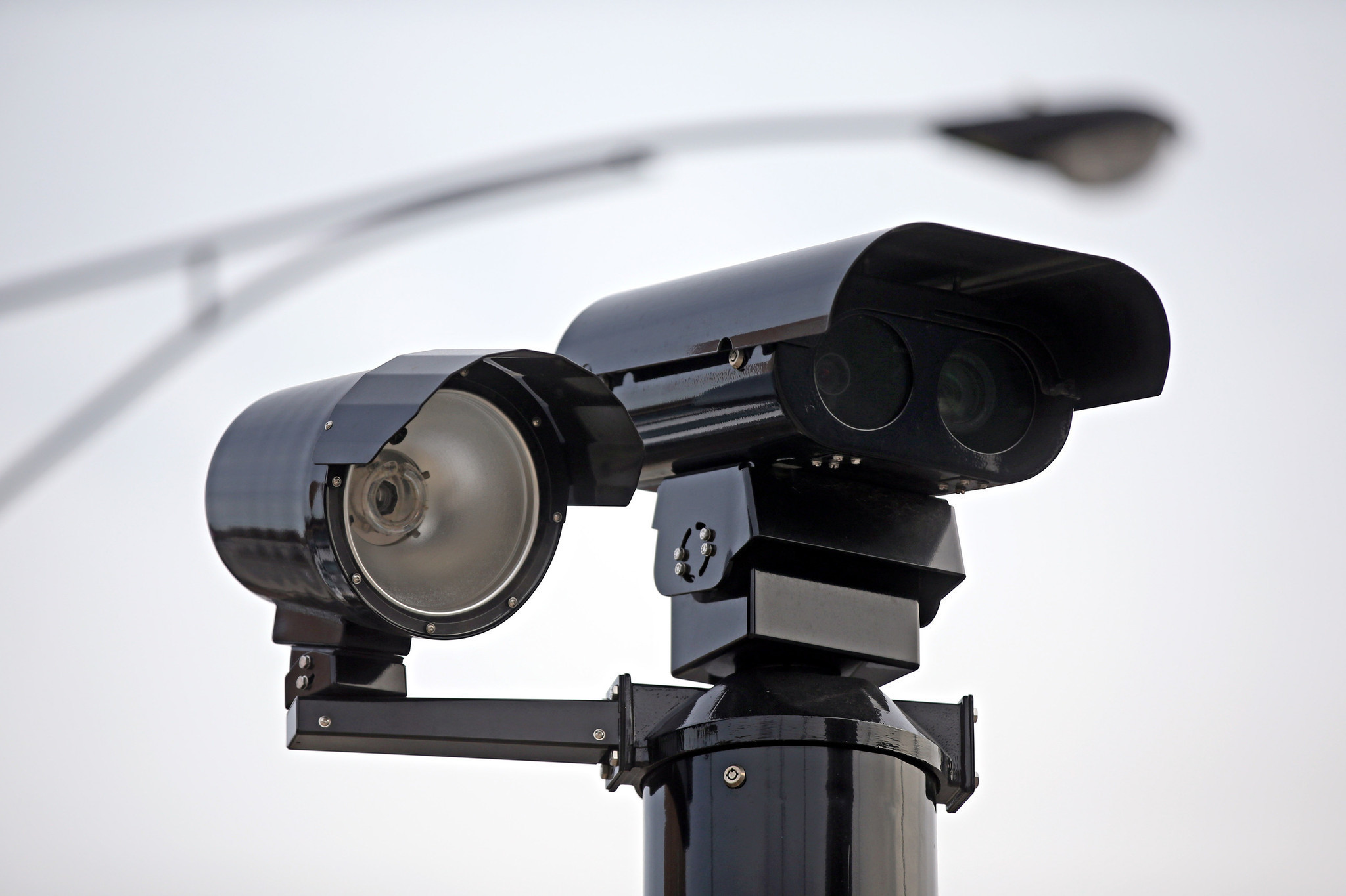 Emanuel administration clears bribe-paying red light camera vendor ...
