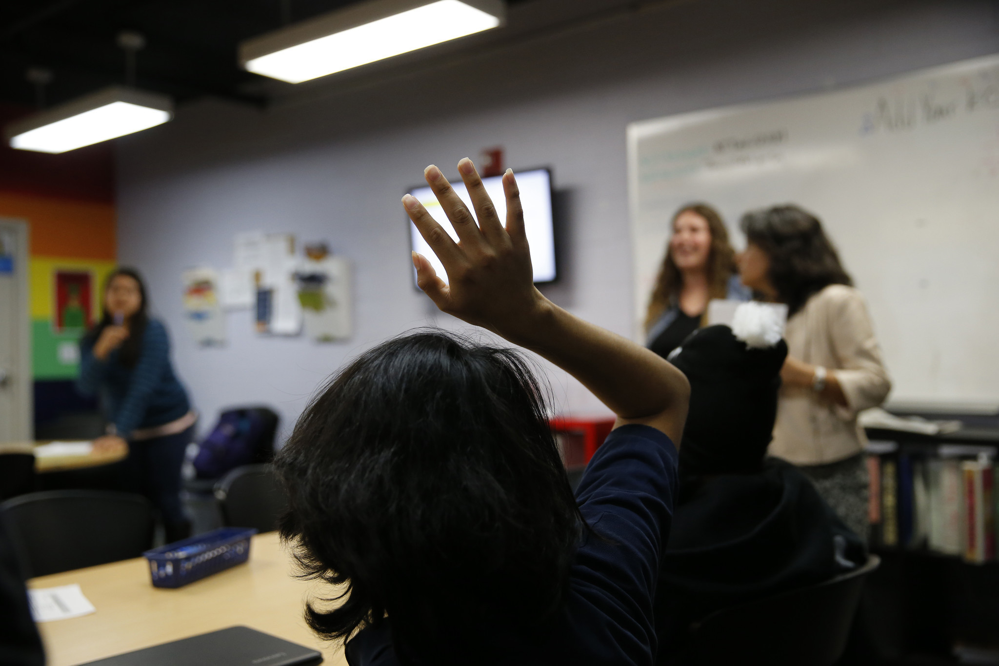 Fewer high school students are applying for college aid under the California Dream Act