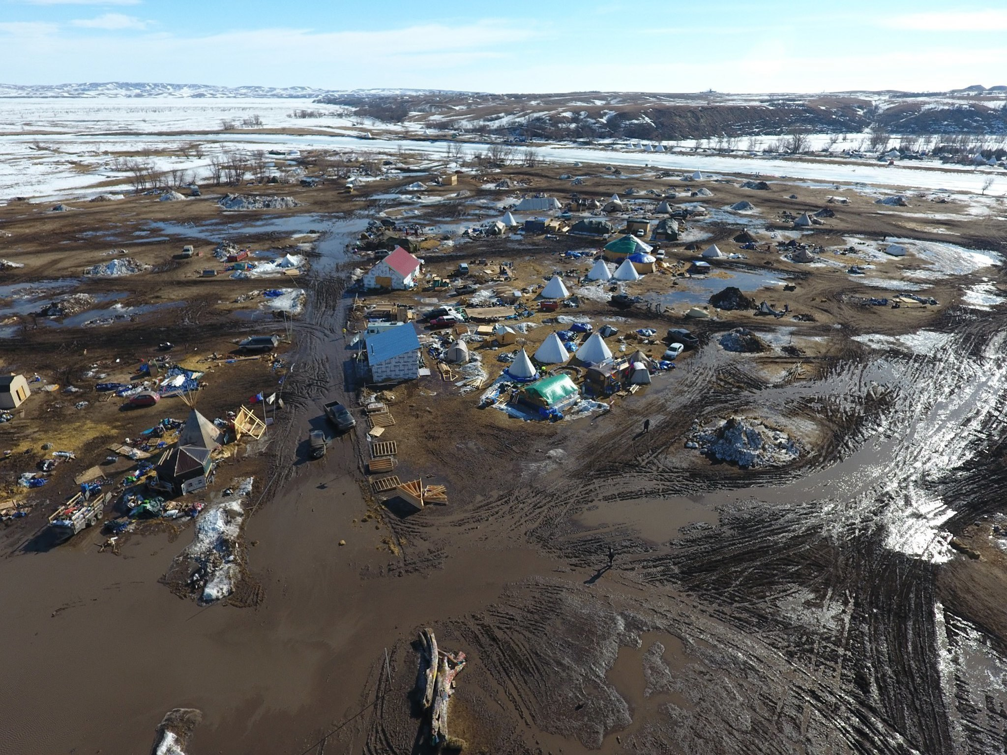 Last holdouts are cleared from main Dakota Access pipeline protest camp