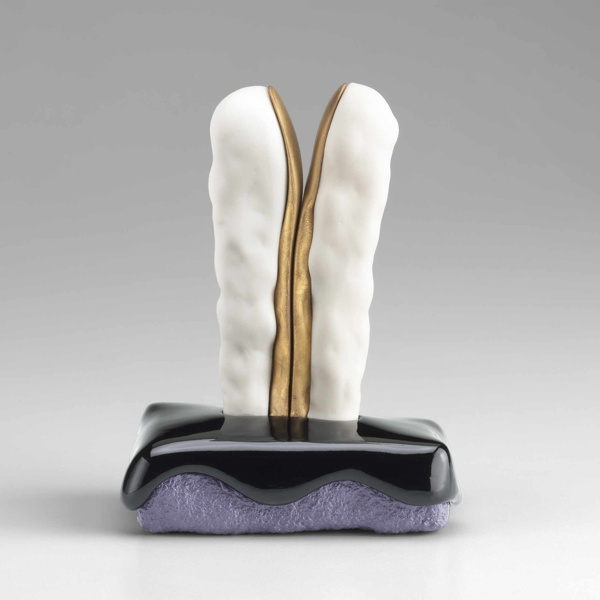 """Ron Nagle's """"Message to Raphael,"""" 2016, ceramic, glaze, porcelain, catalyzed polyurethane, epoxy resin and acrylic, 5.5 inches by 4.5 inches by 2.5 inches"""