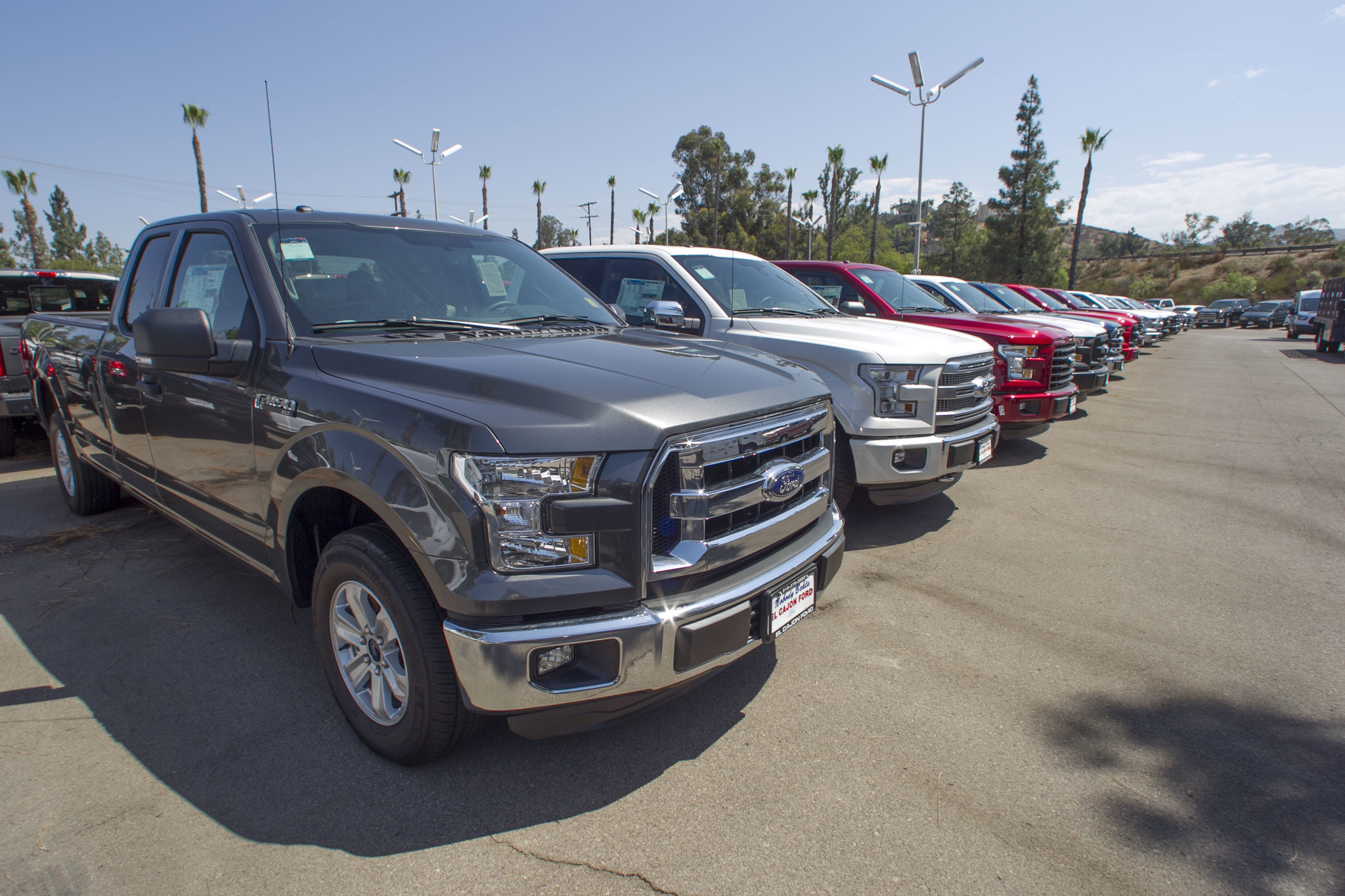 California new vehicle sales cool in 2016 but still top 2 million the san diego union tribune