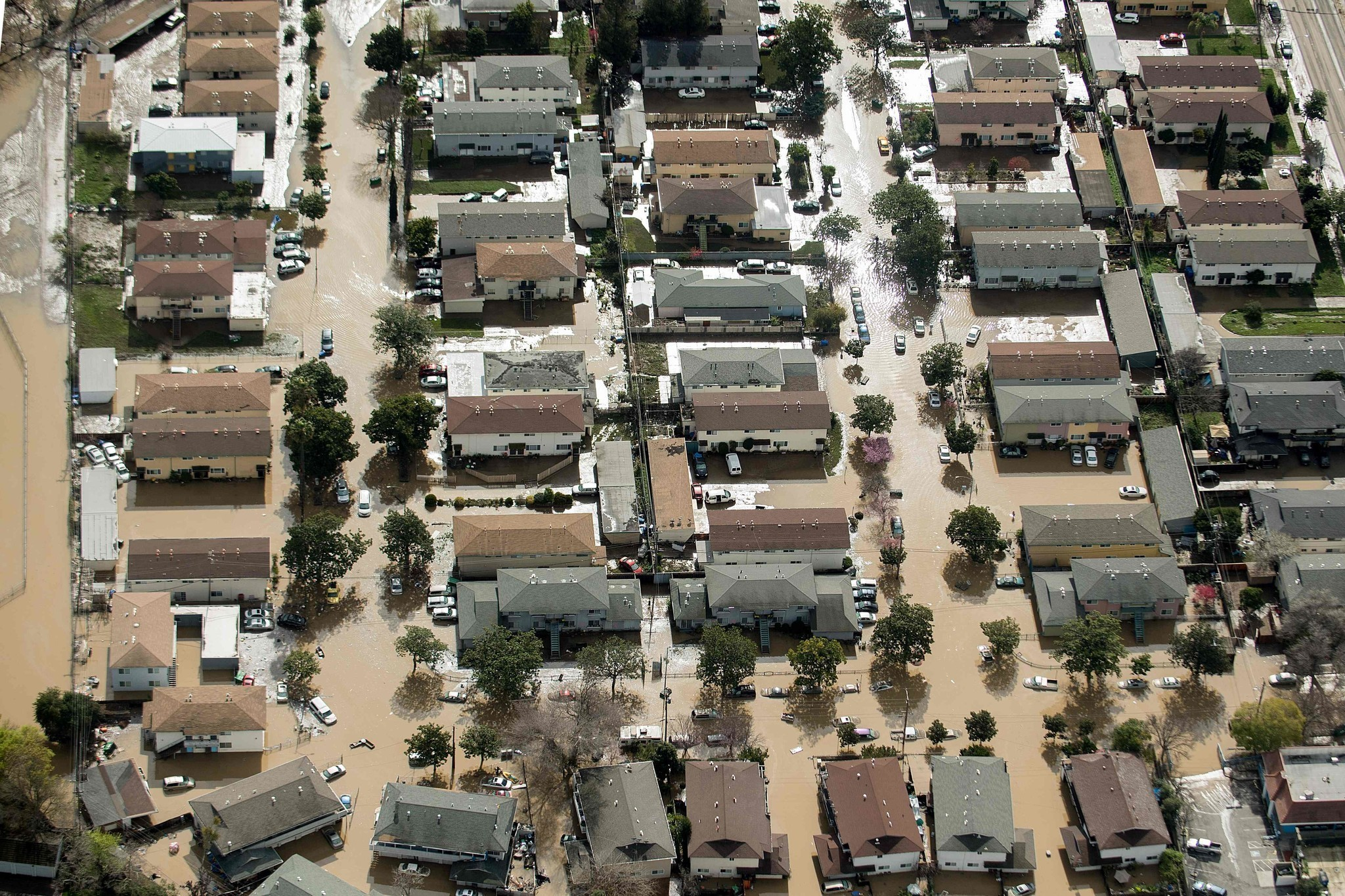 the problem of floods in my neighborhood Sacramento levee & flood risk everything you need to know about flood risk in your area by rowena but the underlying structural problem for the sacramento region.