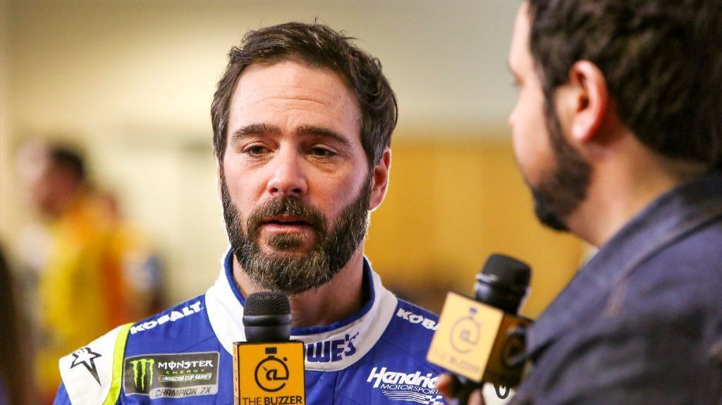 "Jimmie Johnson doesn'-t want to ""-go Carl Edwards""-"