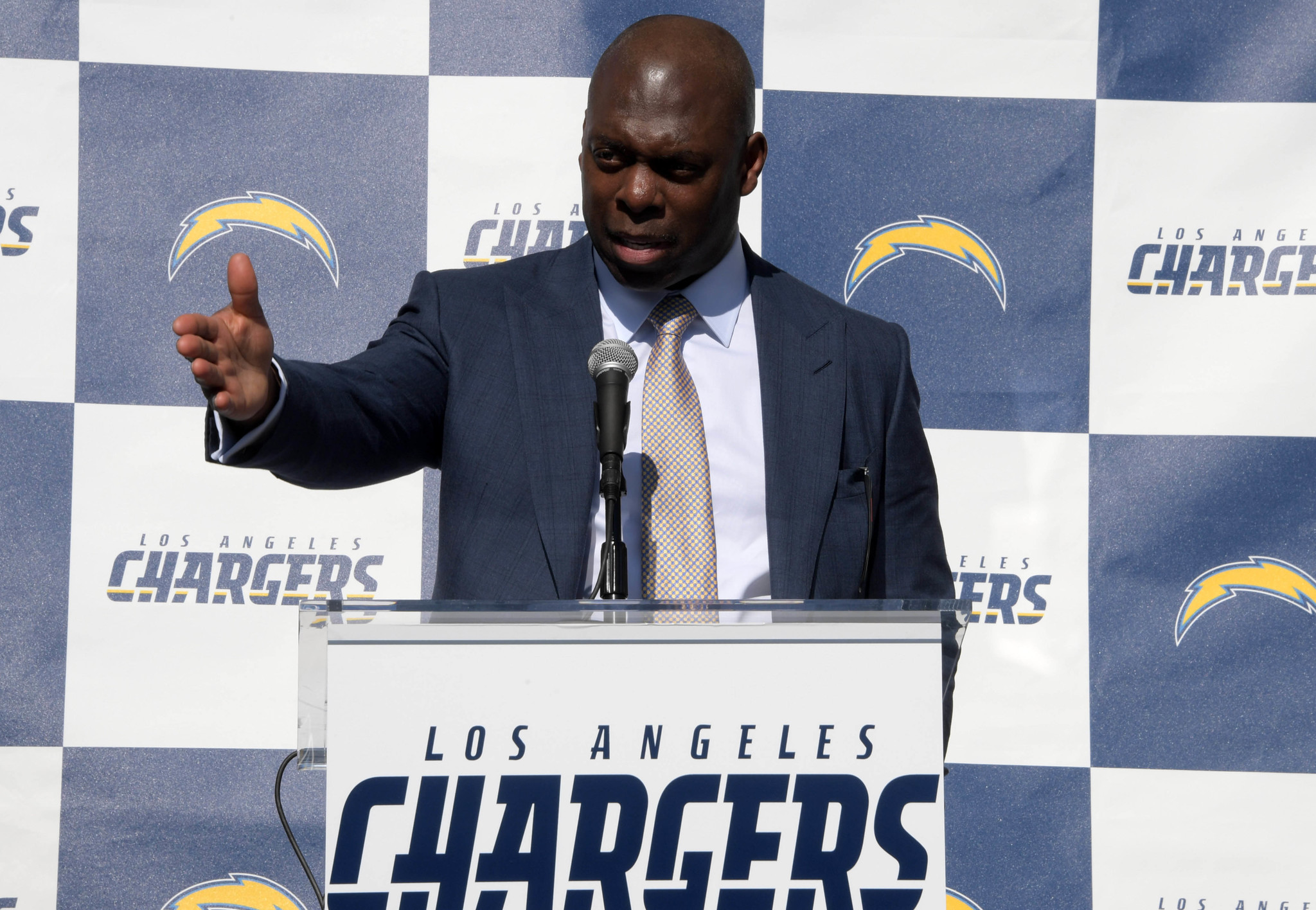 Sd-sp-chargers-combine-20170226