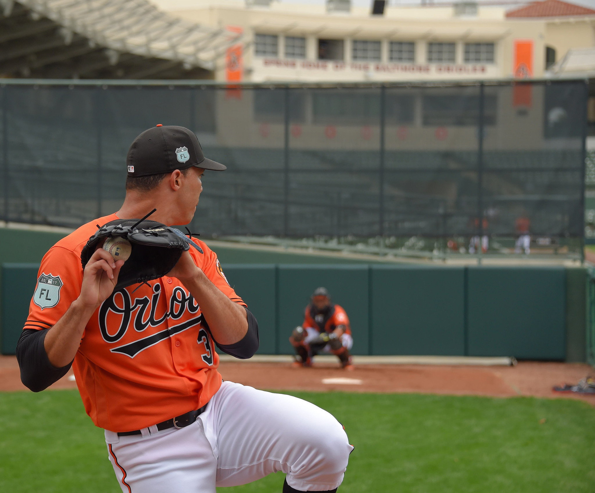 Bal-ubaldo-jimenez-allows-one-run-in-first-start-of-spring-as-orioles-lose-4-1-to-yankees-20170227