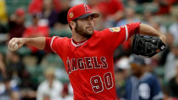 Angels beat Padres, 5-3, to extend perfect opening to Cactus League play