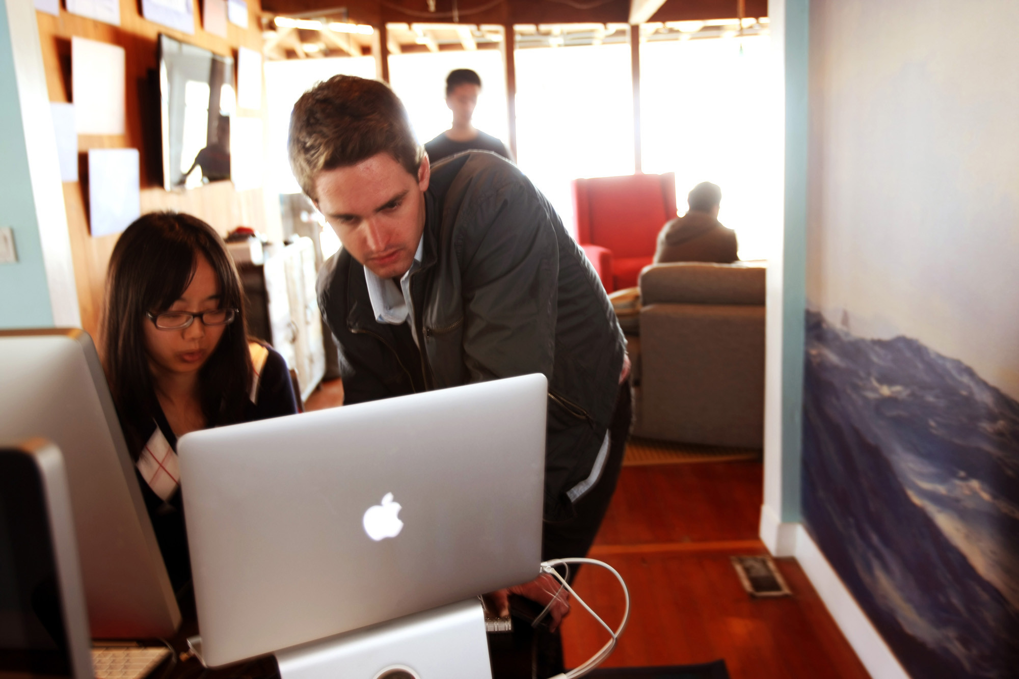 Evan Spiegel works with Chia-Yi Lin at Snap's offices in Venice in 2013.