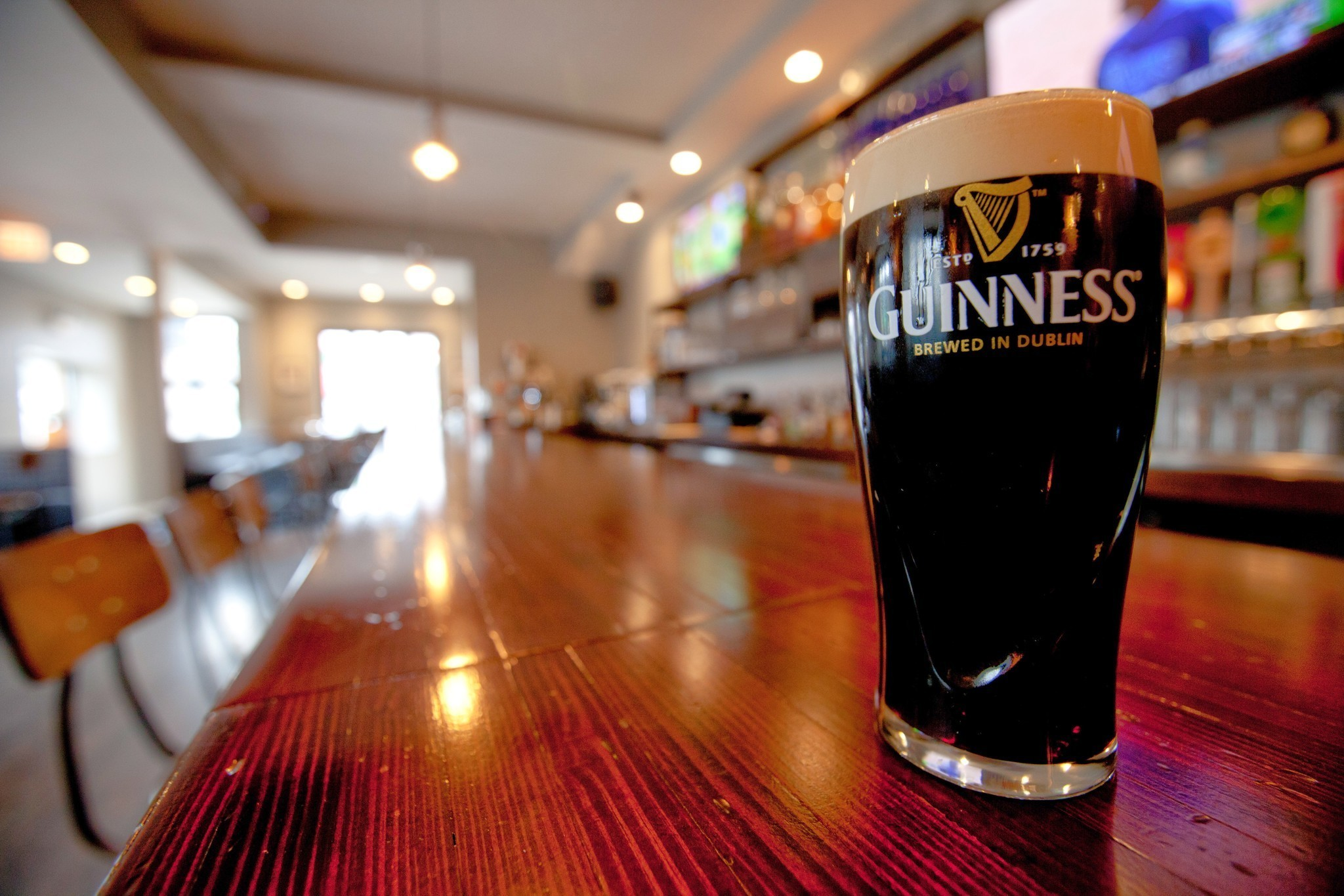 13 ways to eat and drink your way through st patrick 39 s for Weekend in chicago packages