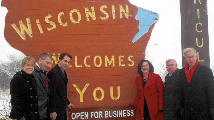 Cheeseheads winning the war as Illinois fiddles – Lake County News-Sun