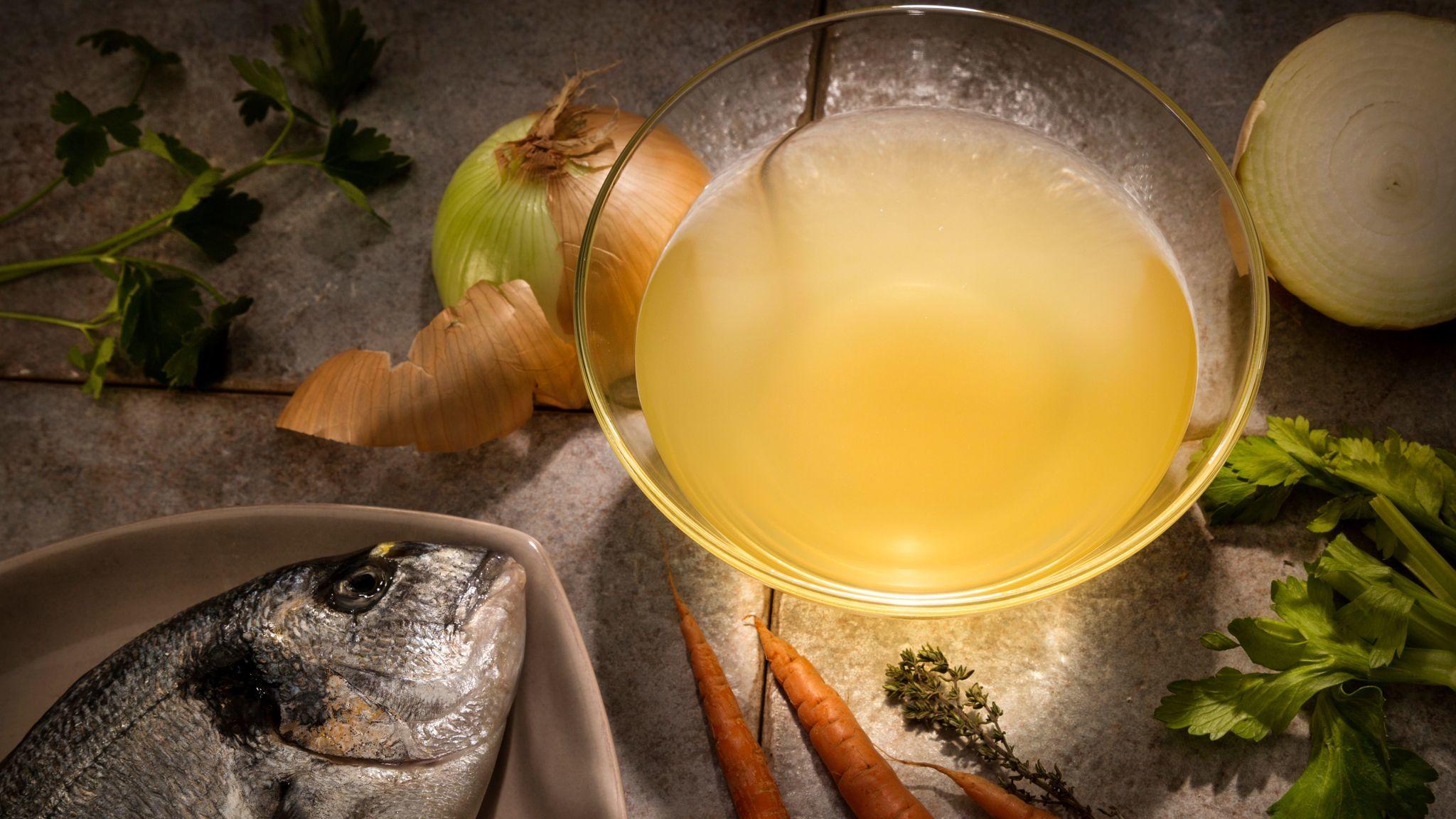 Recipe basic fish stock california cookbook for Fish stock recipe