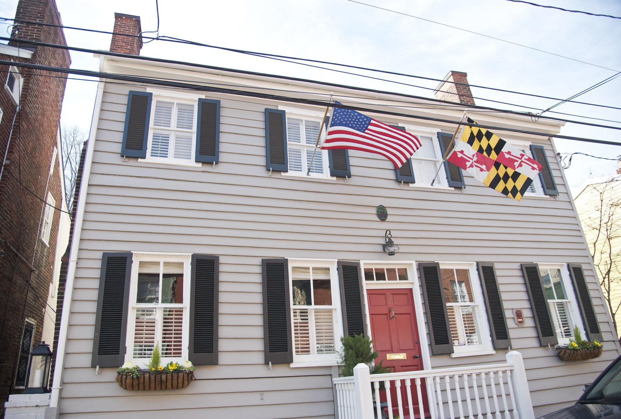 Home Of The Week Historic Annapolis Home Of Pat Zeno And