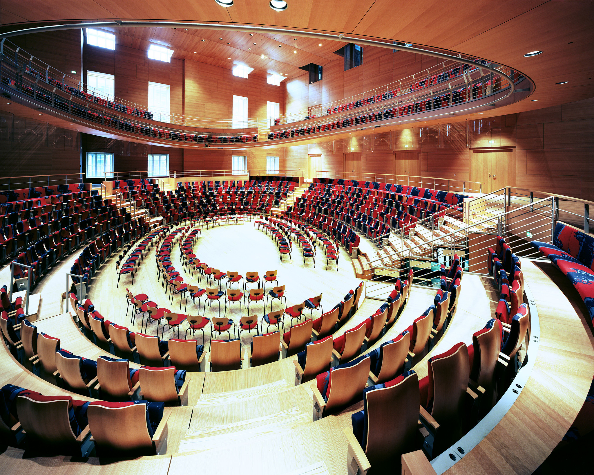 The hall is easily reconfigurable for concerts and rehearsals.