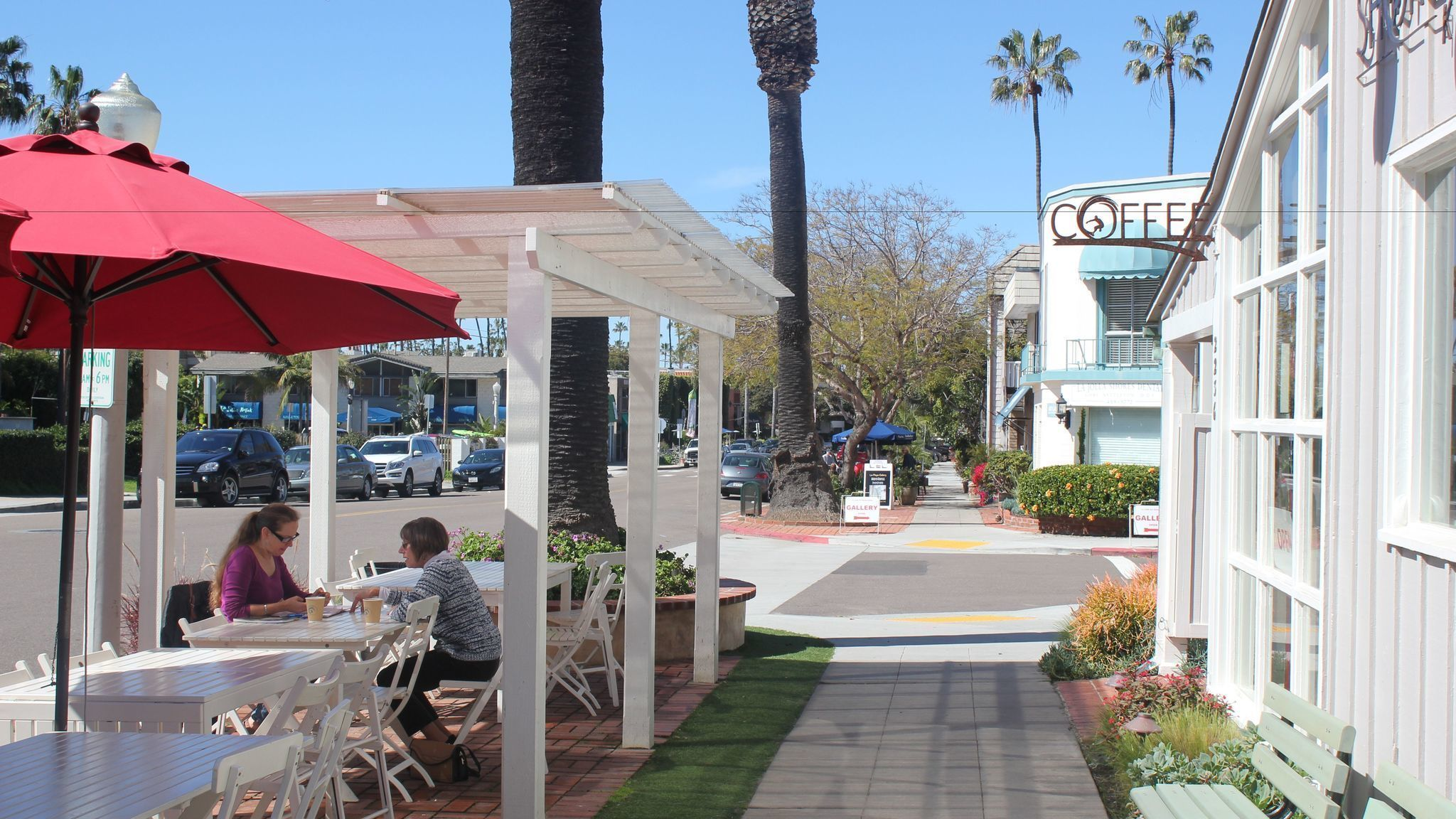 Shade structure gets La Jolla Shores café owners in trouble with ...
