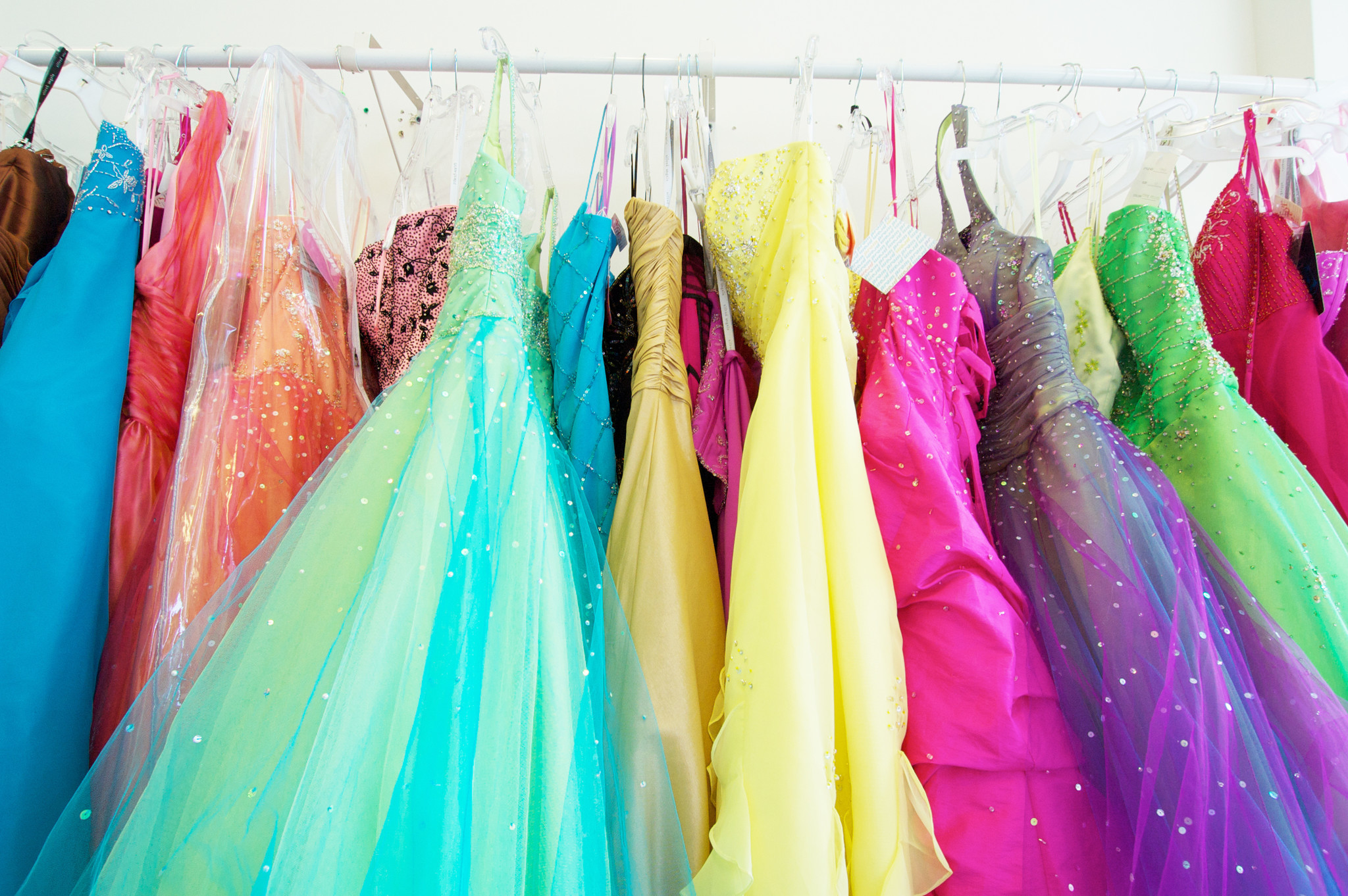 Rockford high school releases 21-page prom dress rule book - Chicago ...