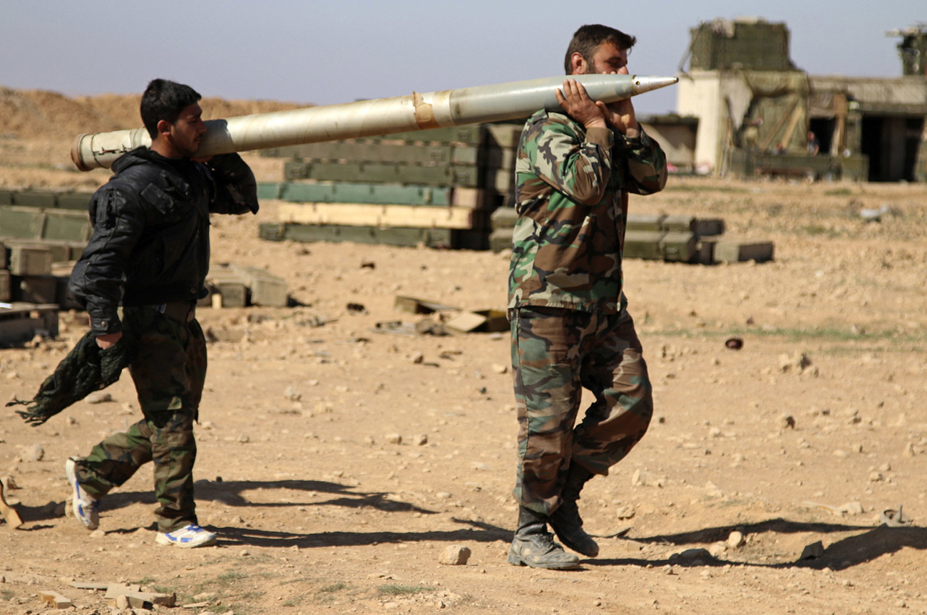 a couple hundred marines sent to syria in fight with islamic state for raqqa chicago tribune