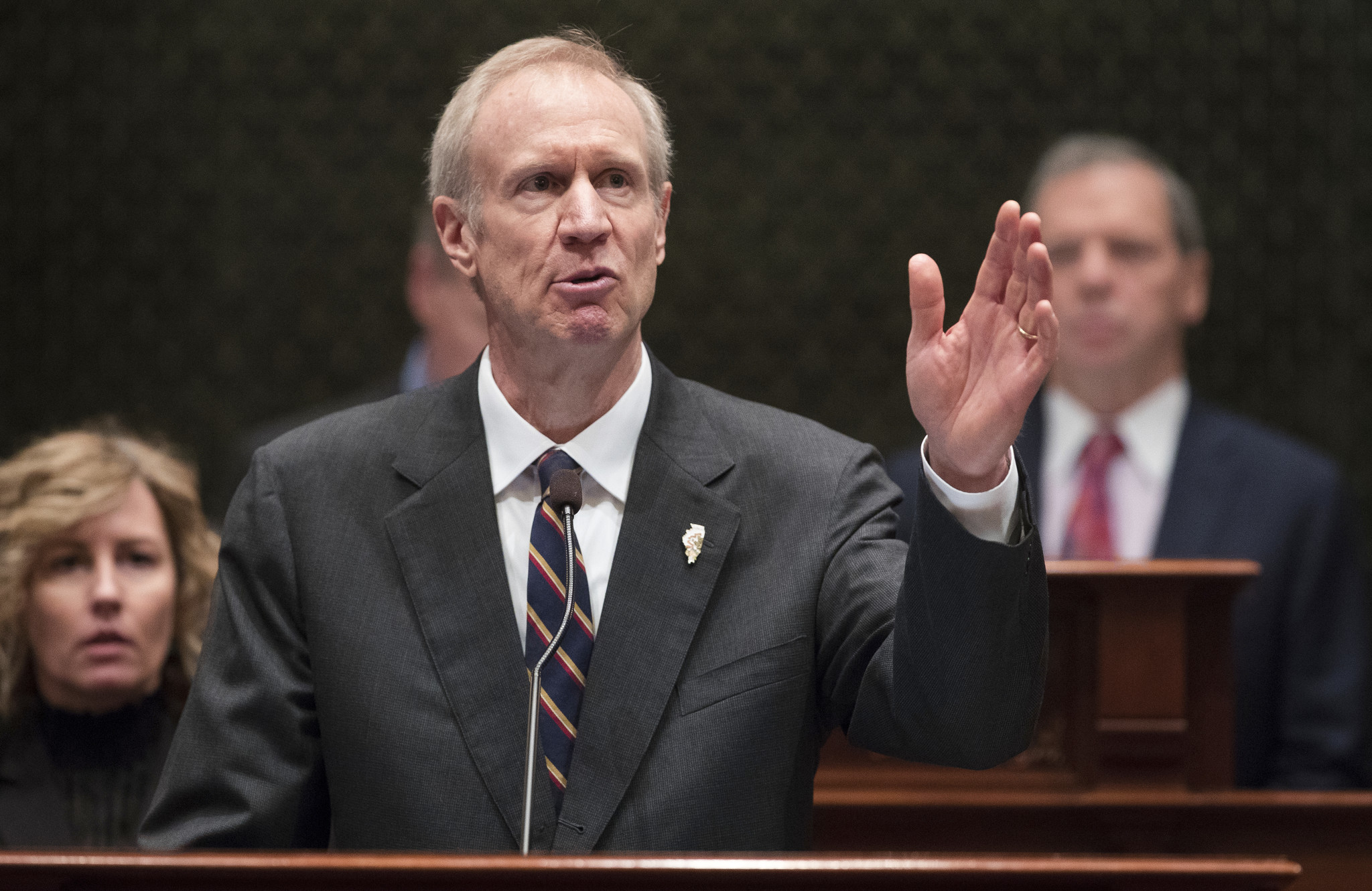 rauner essay In a special essay for the daily herald, republican candidate for illinois governor bruce rauner outlines the economic policies of his campaign.