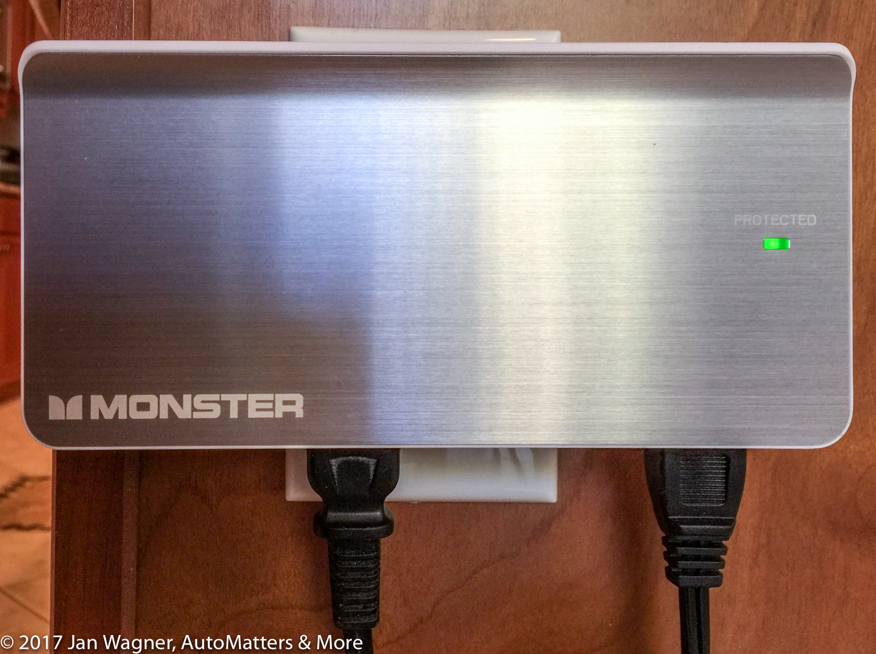 Monster Wall Tap Charger
