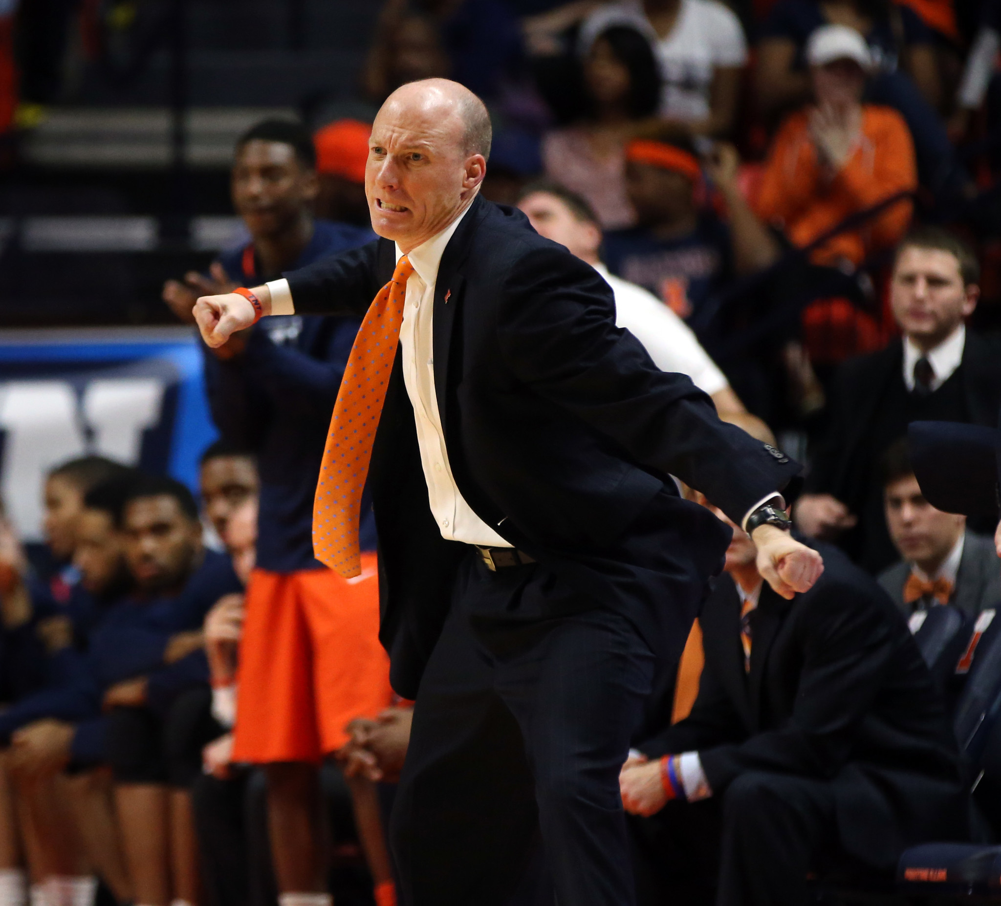 Illinois fires men's basketball coach John Groce after five seasons