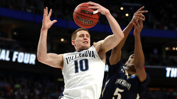 Villanova expects a pitched battle against Wisconsin