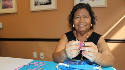 Servicios gratis alegran e informan a la comunidad de la tercera edad en L.A.