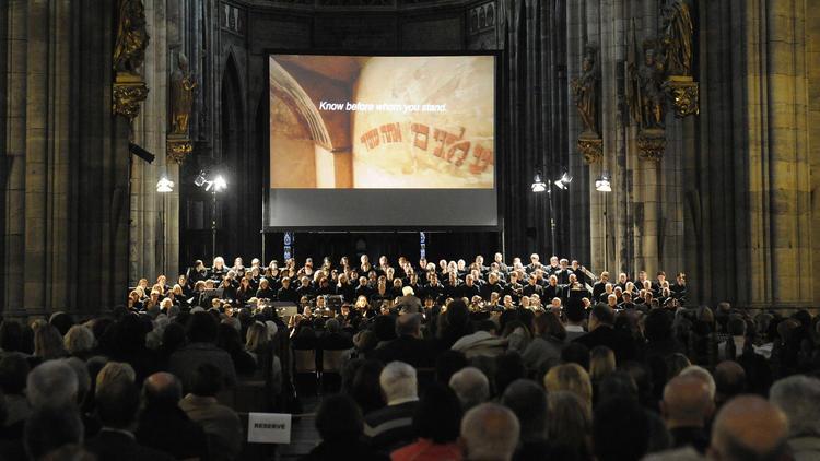 Defiant Requiem: Verdi in Terezin