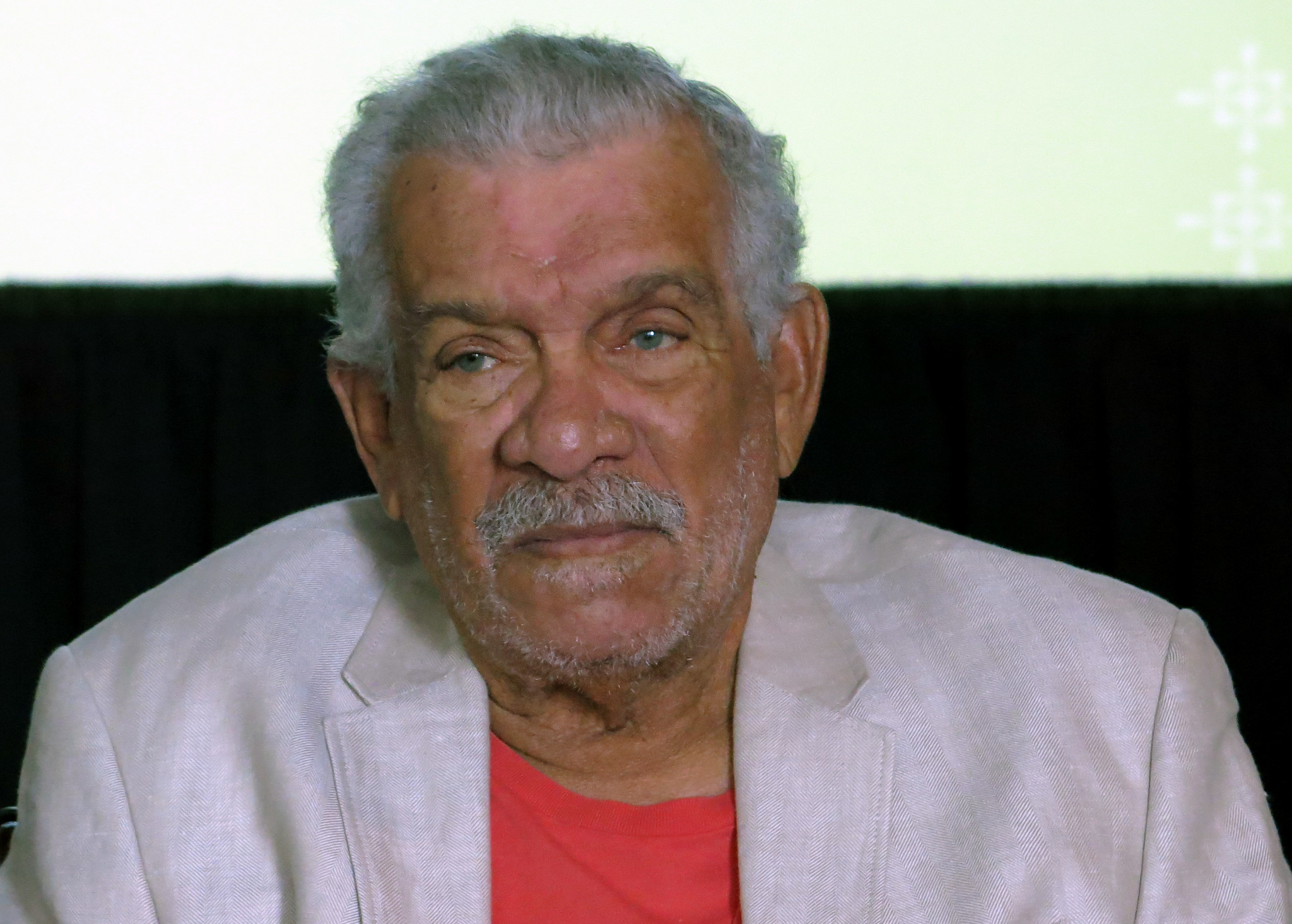 derek walcott nobel laureate whose poetry celebrated the nobel laureate derek walcott caribbean poet dies at 87
