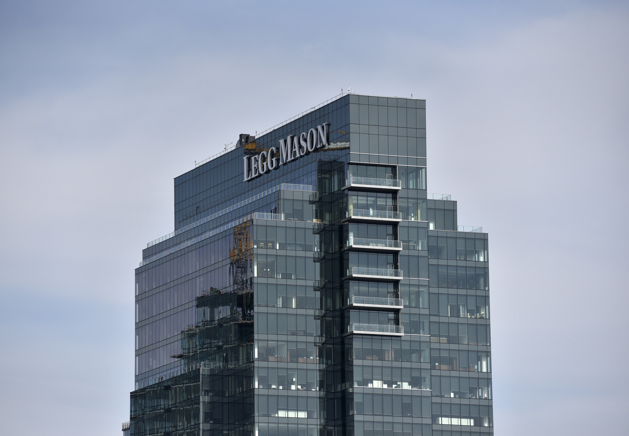 legg mason tower sale values building at nearly  300