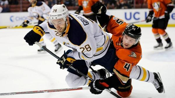 Ducks Fall To Sabres, 2-1, In 10-round Shootout