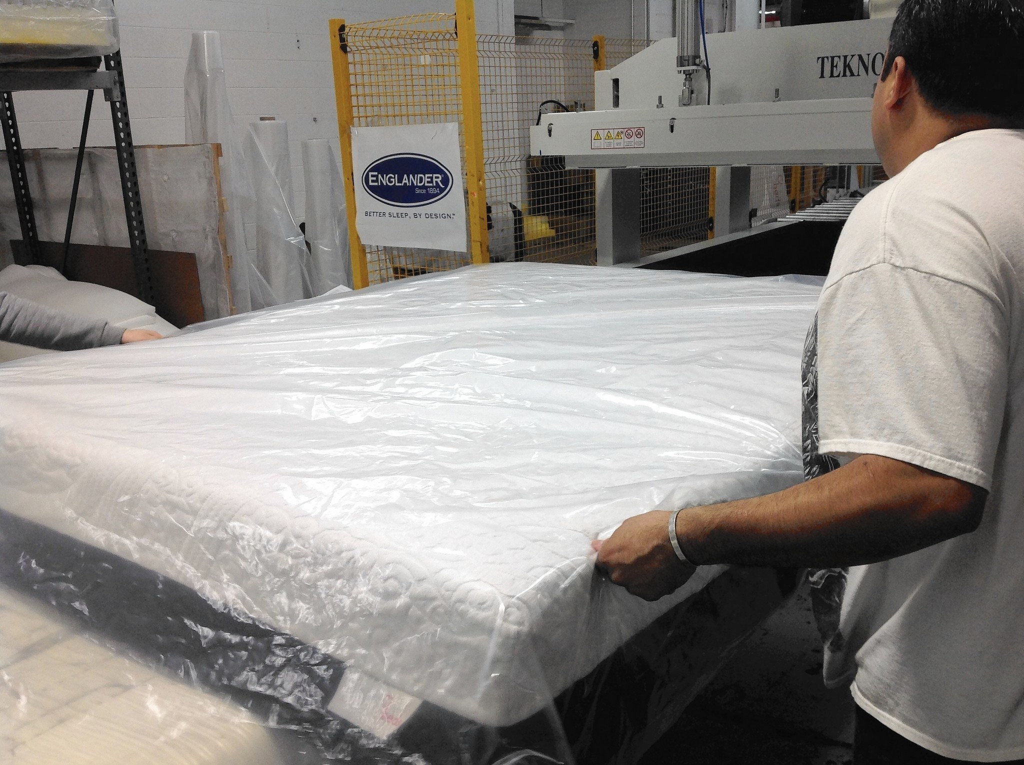 Mattress company aims to please bedding split personalities