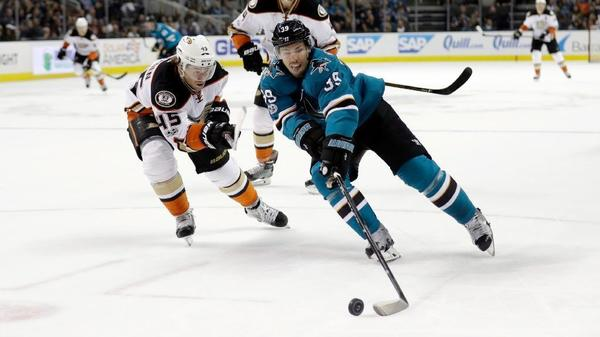 Ducks Tighten Pacific Division Race With Win Over San Jose Sharks, 2-1