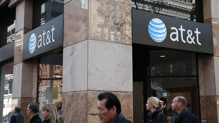 AT&T wants out of Illinois mandate to run landline phones