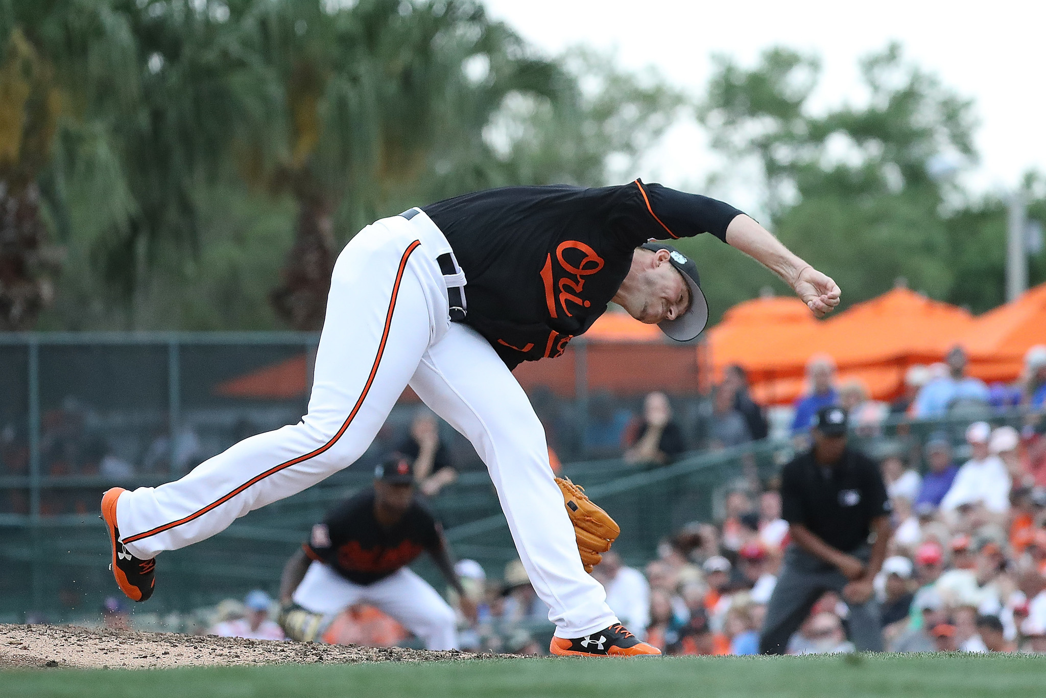 Bal-oliver-drake-s-rough-spring-creating-roster-quandary-for-orioles-20170321