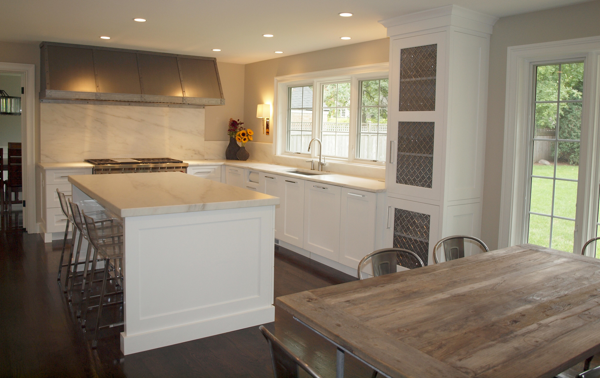 Hinsdale kitchen remodel wins local design award the for Local kitchen remodeling