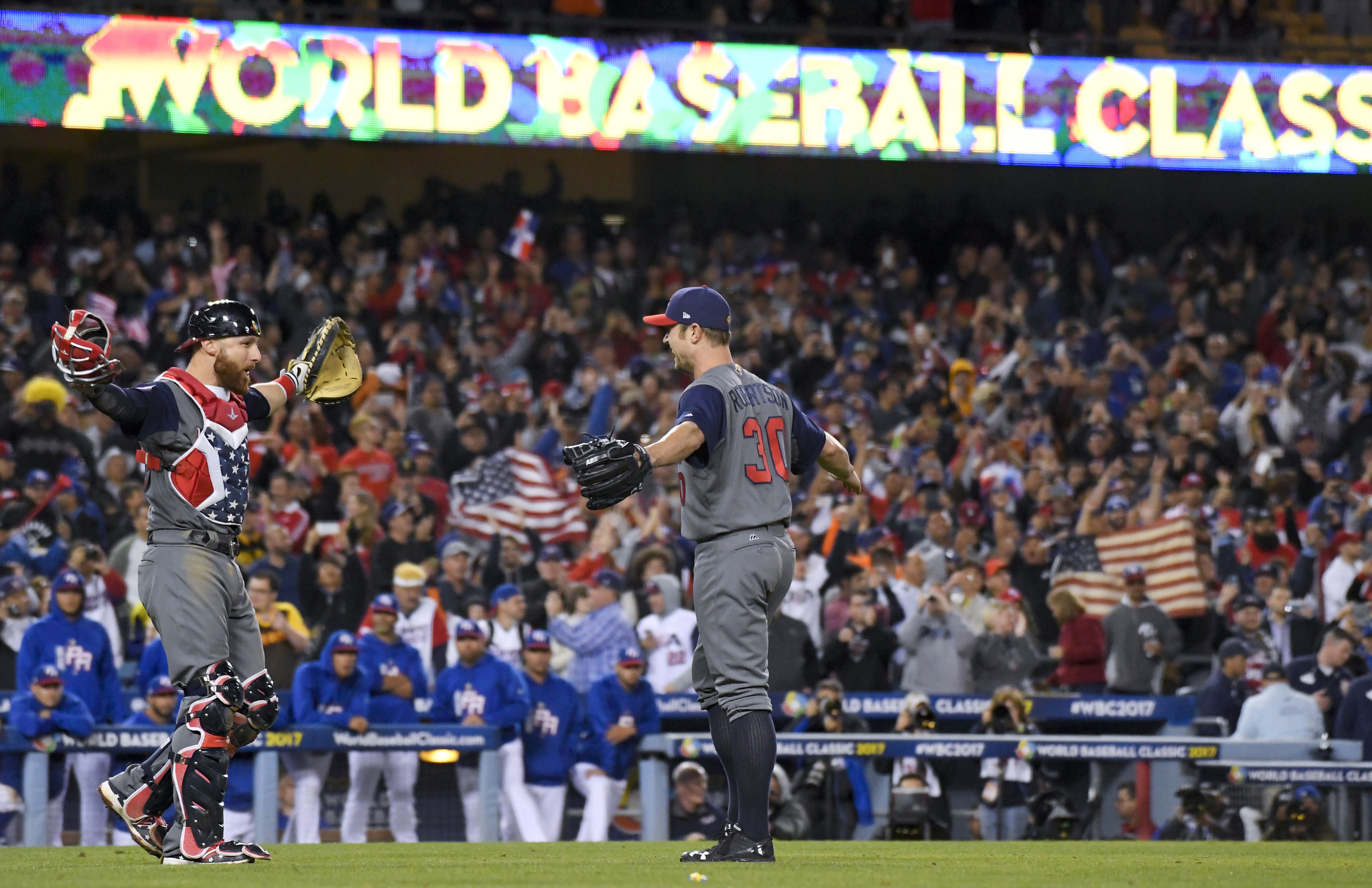 Ct-us-routs-puerto-rico-world-baseball-classic-20170323