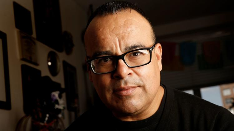 Rigoberto González (Carolyn Cole / Los Angeles Times)