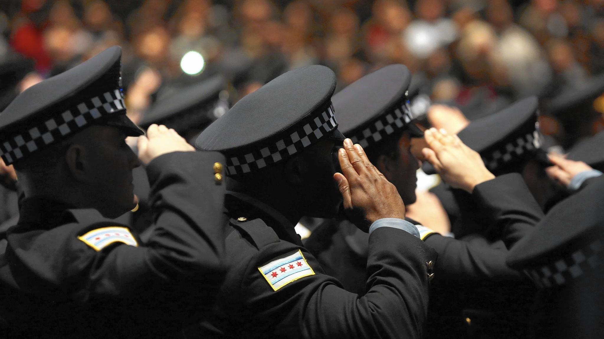 chicagotribune.com - Cops escape punishment as officials lose track of cases
