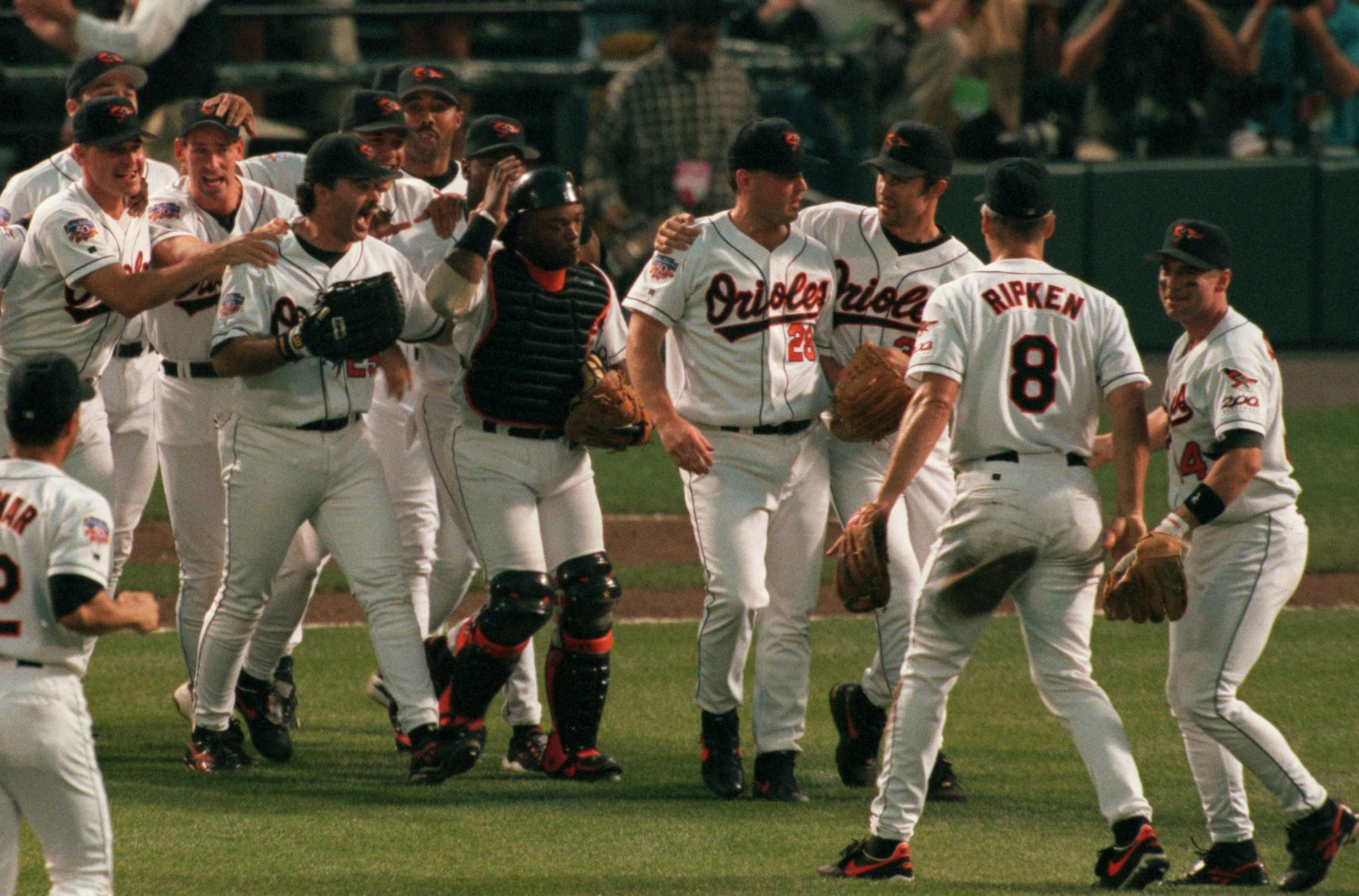 Bs-sp-orioles-special-section-1997-retrospective-20170317