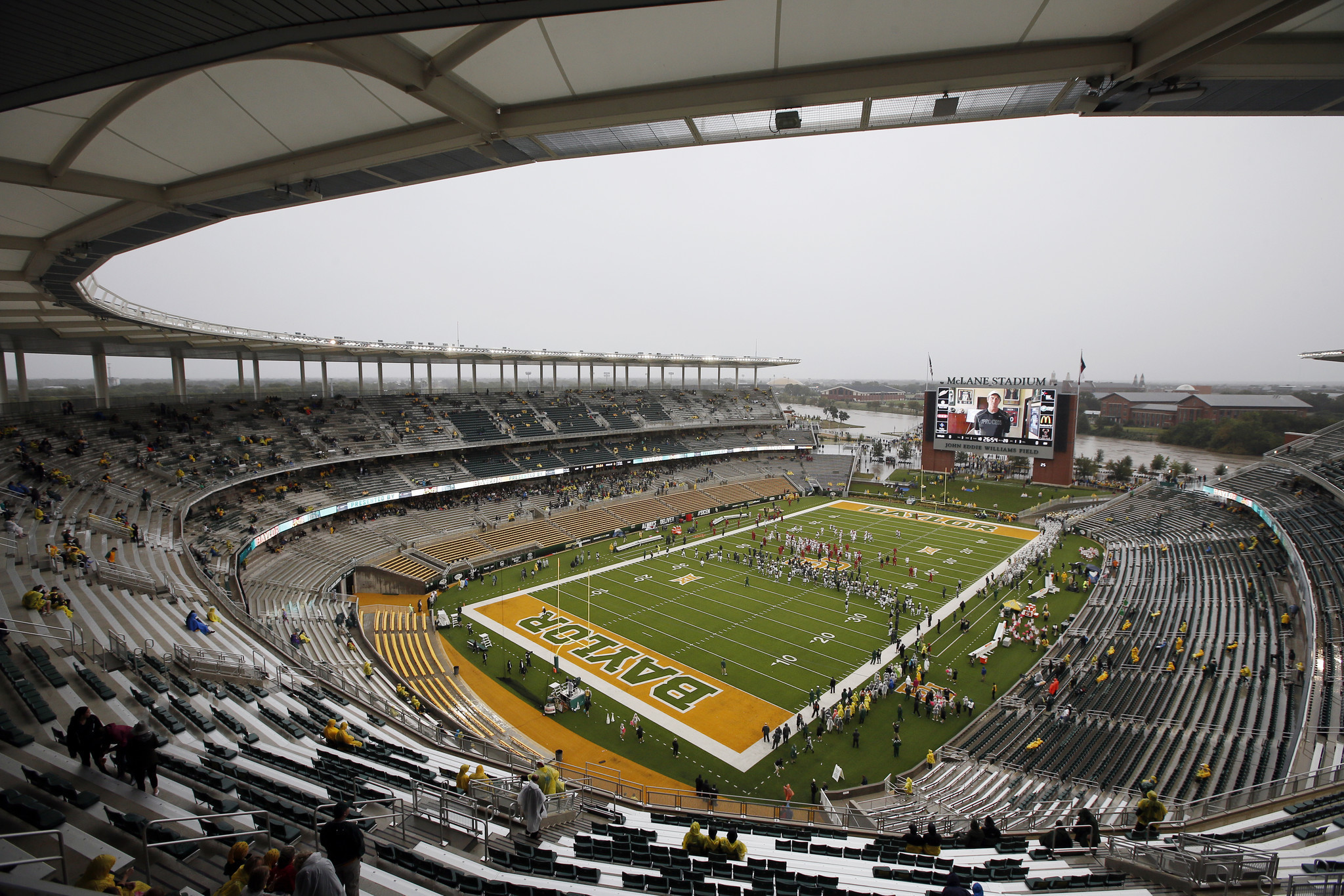 Ct-baylor-moves-to-dismiss-rape-lawsuit-football-20170329