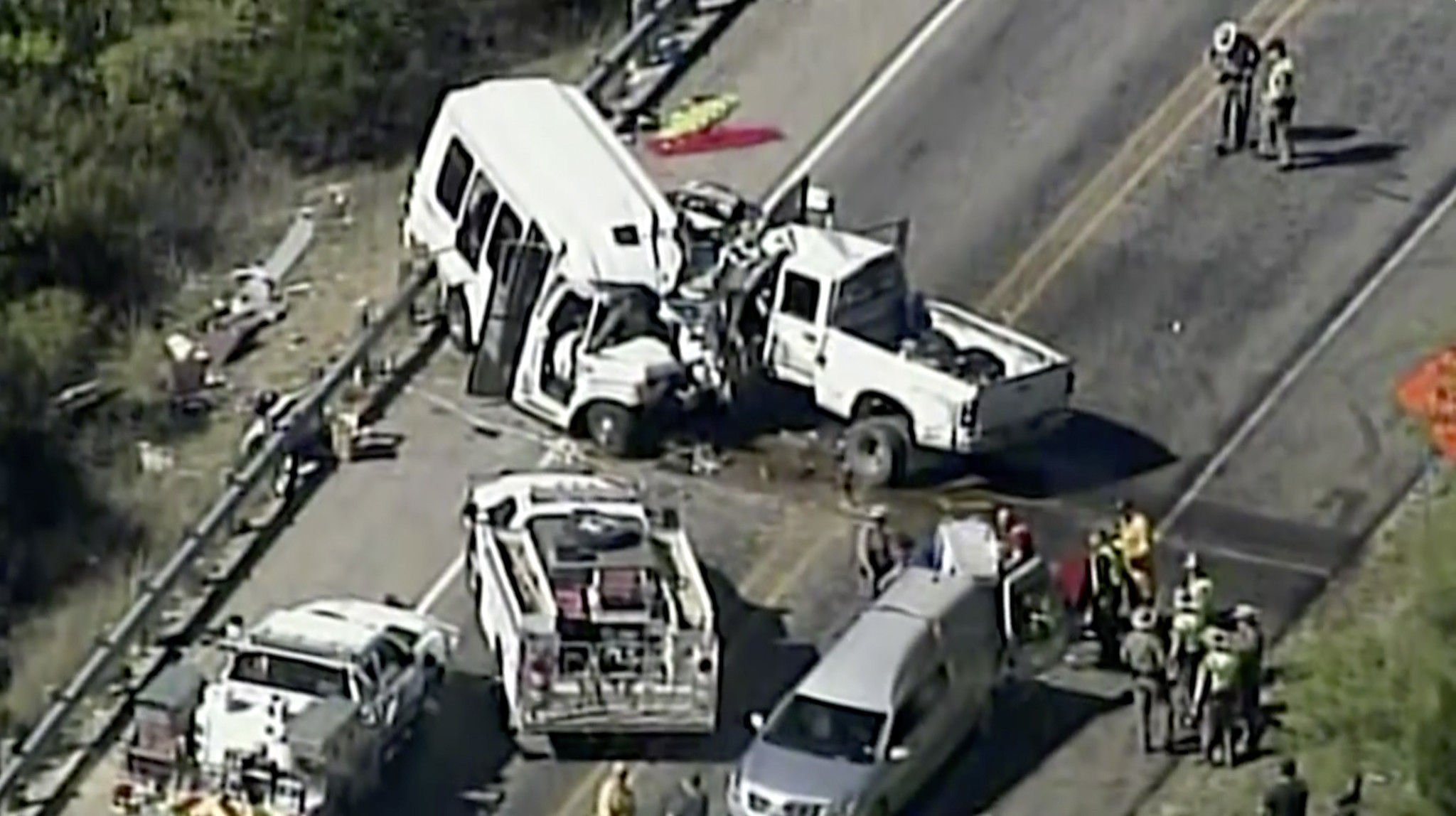 12 killed and 3 injured in texas highway collision of church van and pickup