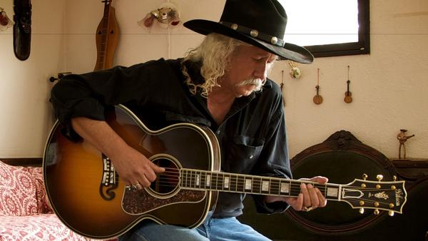 Woodstock veteran Arlo Guthrie talks music, photography, Nixon and Trump